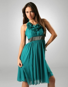 ruffle-halter-dress2l
